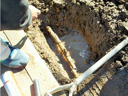 No4.老朽化などによる配管からの水漏れ画像